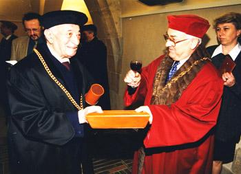 Ehrendoktorat